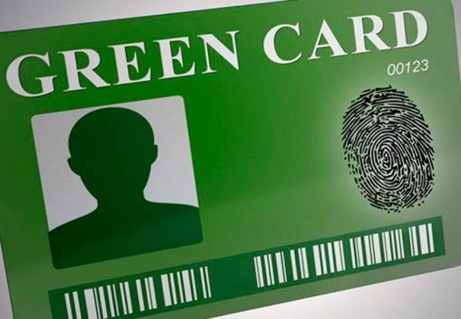 Поводы купить Зеленую карту в СПб