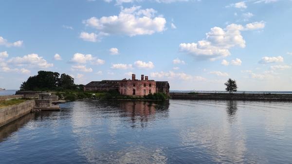 Кронштадт готовится ко Дню ВМФ: чем город фортов готов удивить туристов в 2021 году