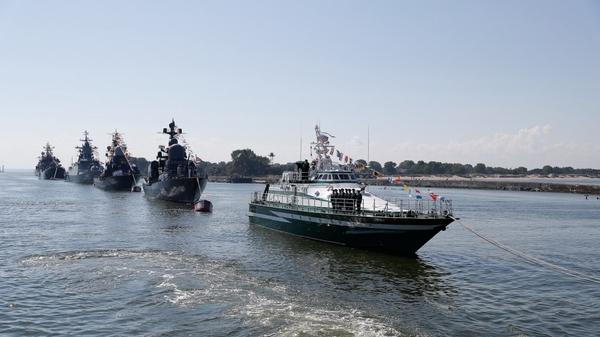 ВМФ, Олимпиада, ДТП в Москве: главные темы недели обсудили на «Петербургском уикенде»