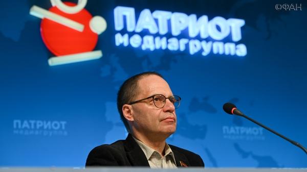 Коммунист Соловейчик назвал главной причиной поражения ГКЧП ложь о Горбачеве