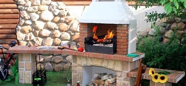 Преимущества бетонных мангалов и каминов-барбекю