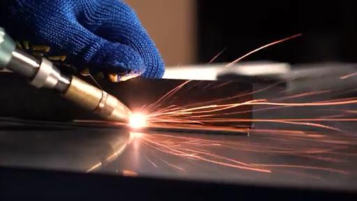 Разработка и поставка лазерно-оптических компонентов и оборудования. Резидент Технопарка ИТМО