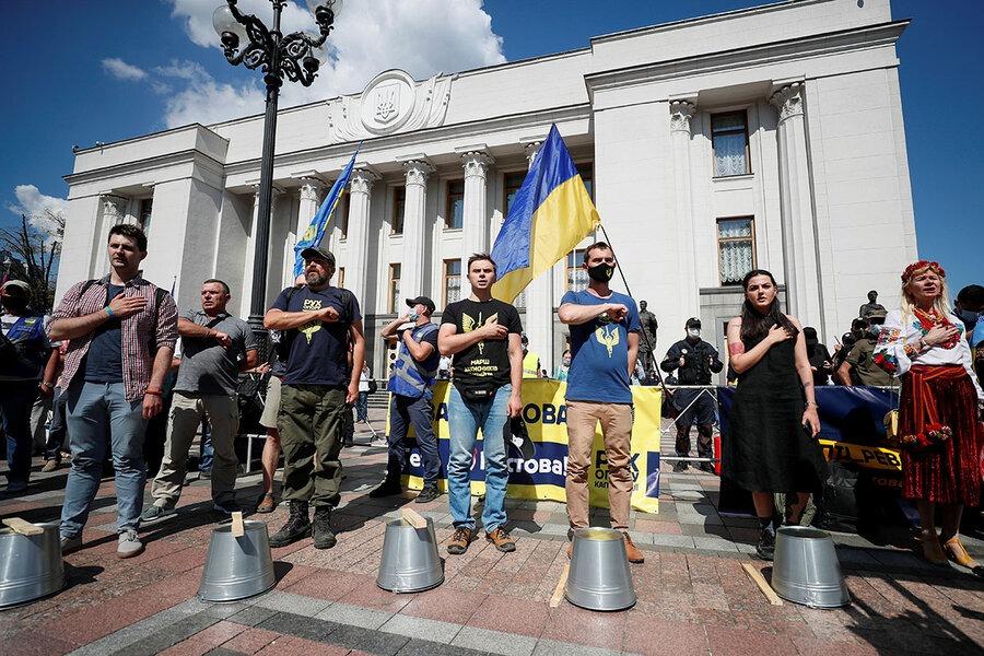 Почему украинское общество так глубоко расколото языковым вопросом